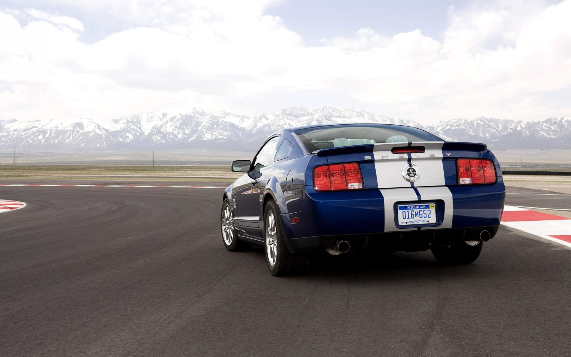 2008 Ford Shelby GT500KR Wallpaper