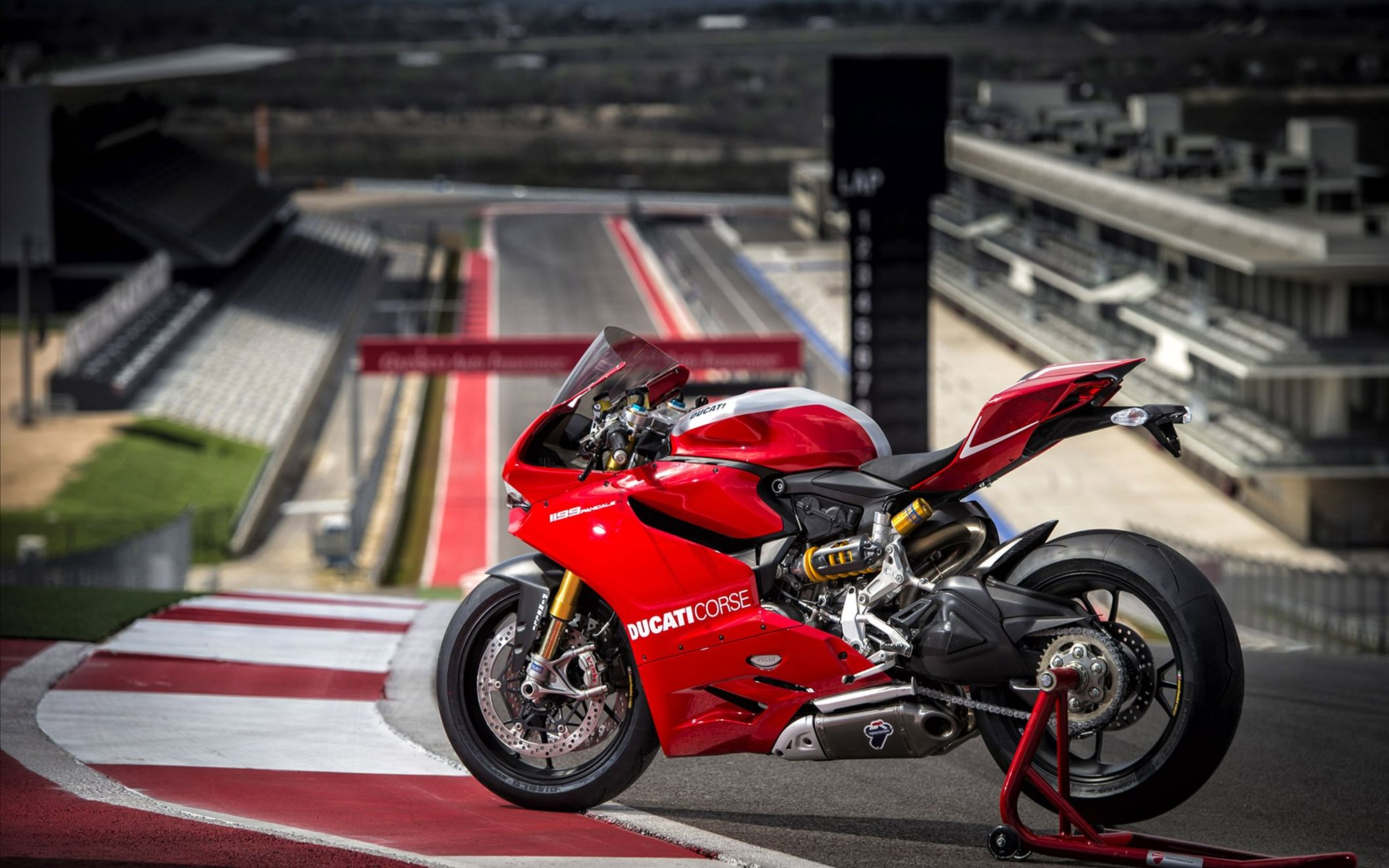 Download free HD 2013 Ducati Superbike 1199 Panigale R Wide Wallpaper, image