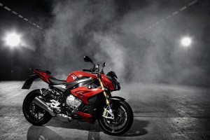 Download 2014 BMW S1000R Wide Wallpaper Free Wallpaper on dailyhdwallpaper.com