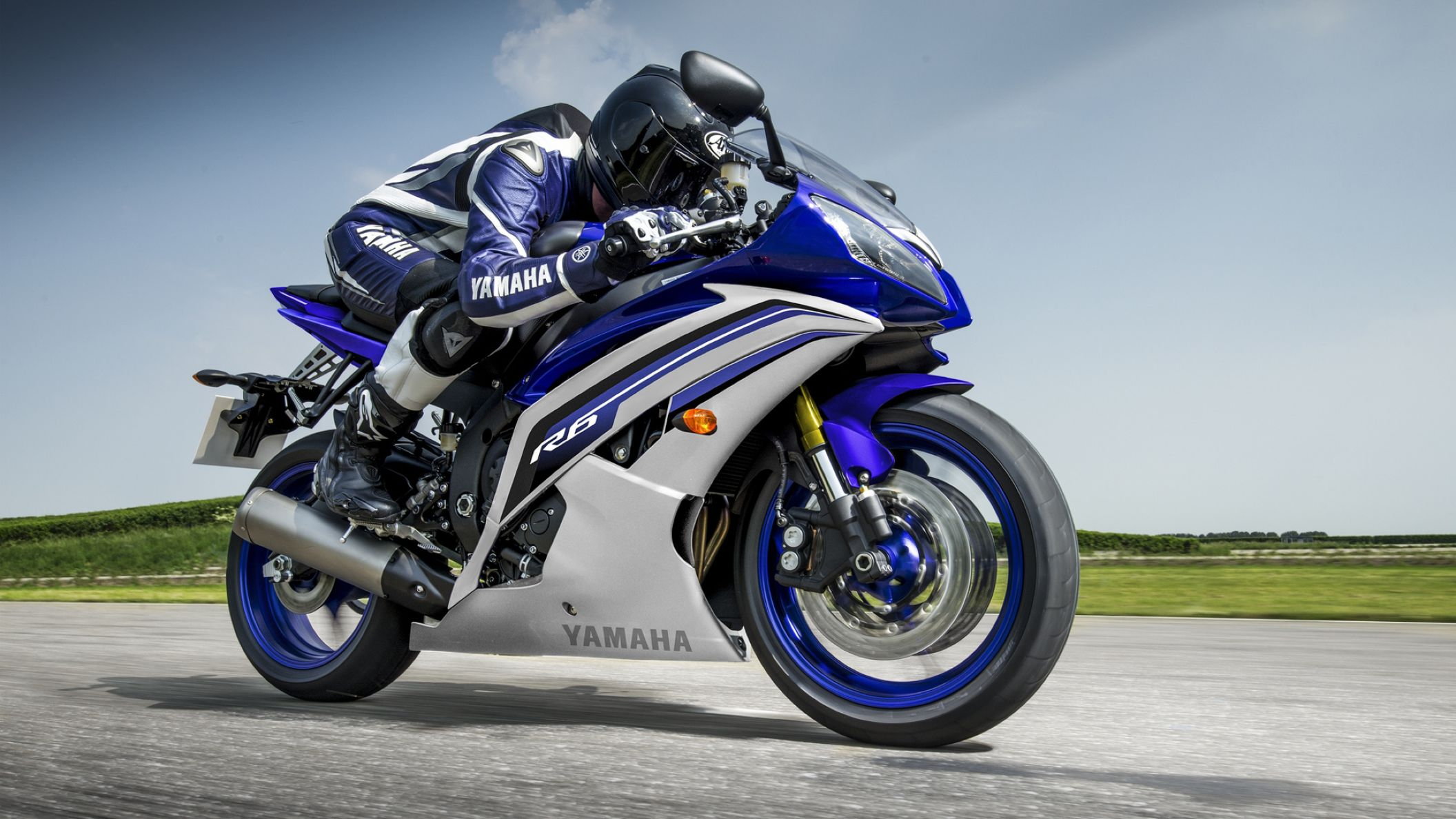 Download free HD 2016 Yamaha YZF R6 HD Wallpaper, image