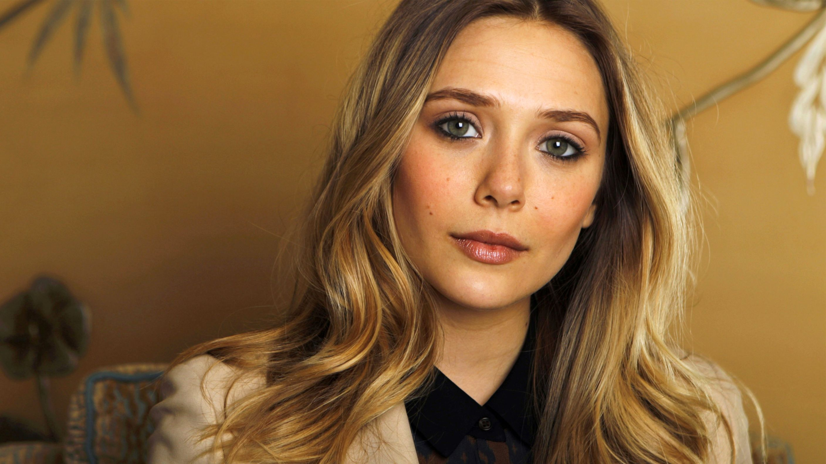 Download free HD Actress Elizabeth Olsen Hd Wallpaper, image