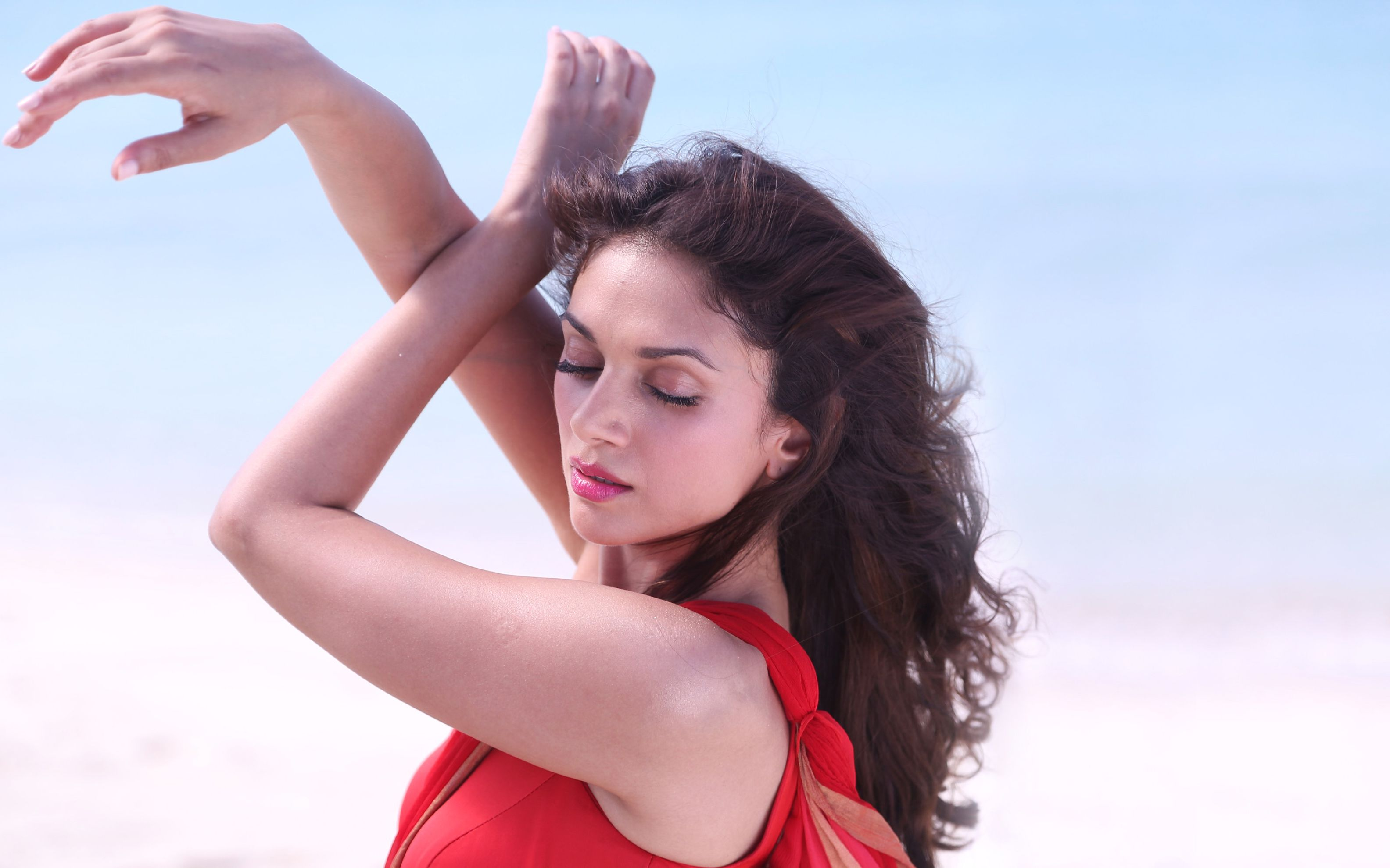 Aditi Rao Hydari 3 Wide Wallpaper: Desktop HD Wallpaper - Download ...