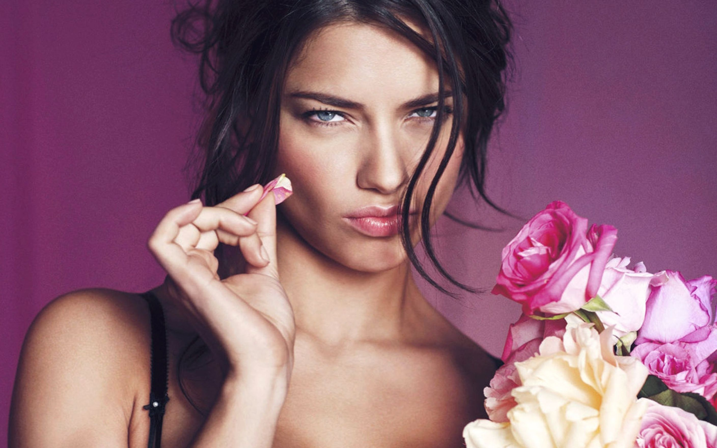 Download free HD Adriana Lima 2012 Wide Wallpaper, image
