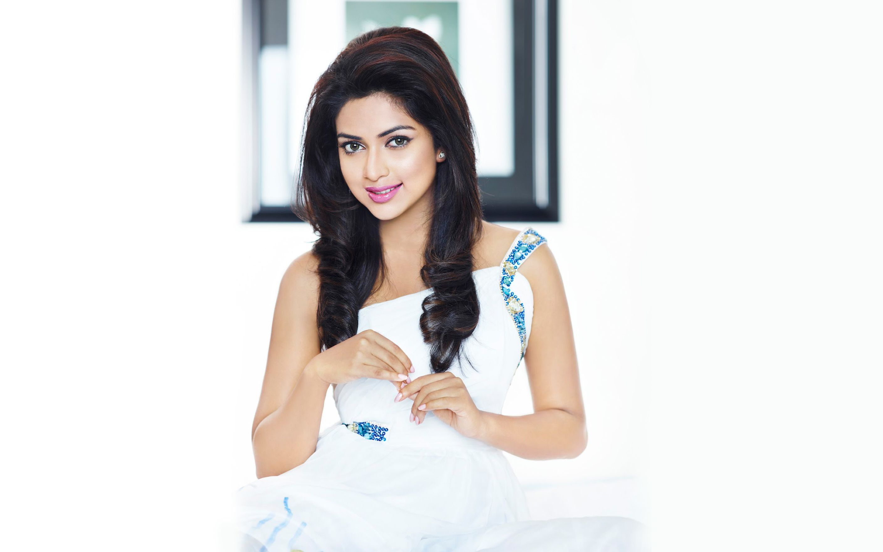Download free HD Amala Paul 2015 Wide Wallpaper, image
