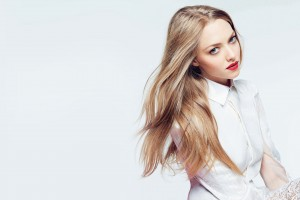 Amanda Seyfried 23 Wide Wallpaper