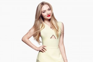 Amanda Seyfried 3 Wide Wallpaper