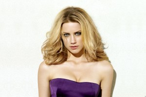 Download Amber Heard Wide Wallpaper Free Wallpaper on dailyhdwallpaper.com