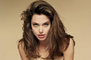 Angelina Jolie in Salt Normal Wallpaper