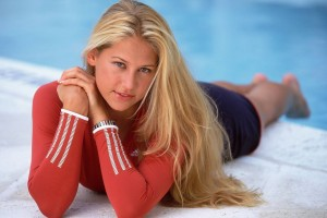 Download Anna Kournikova 11 Normal Wallpaper Free Wallpaper on dailyhdwallpaper.com