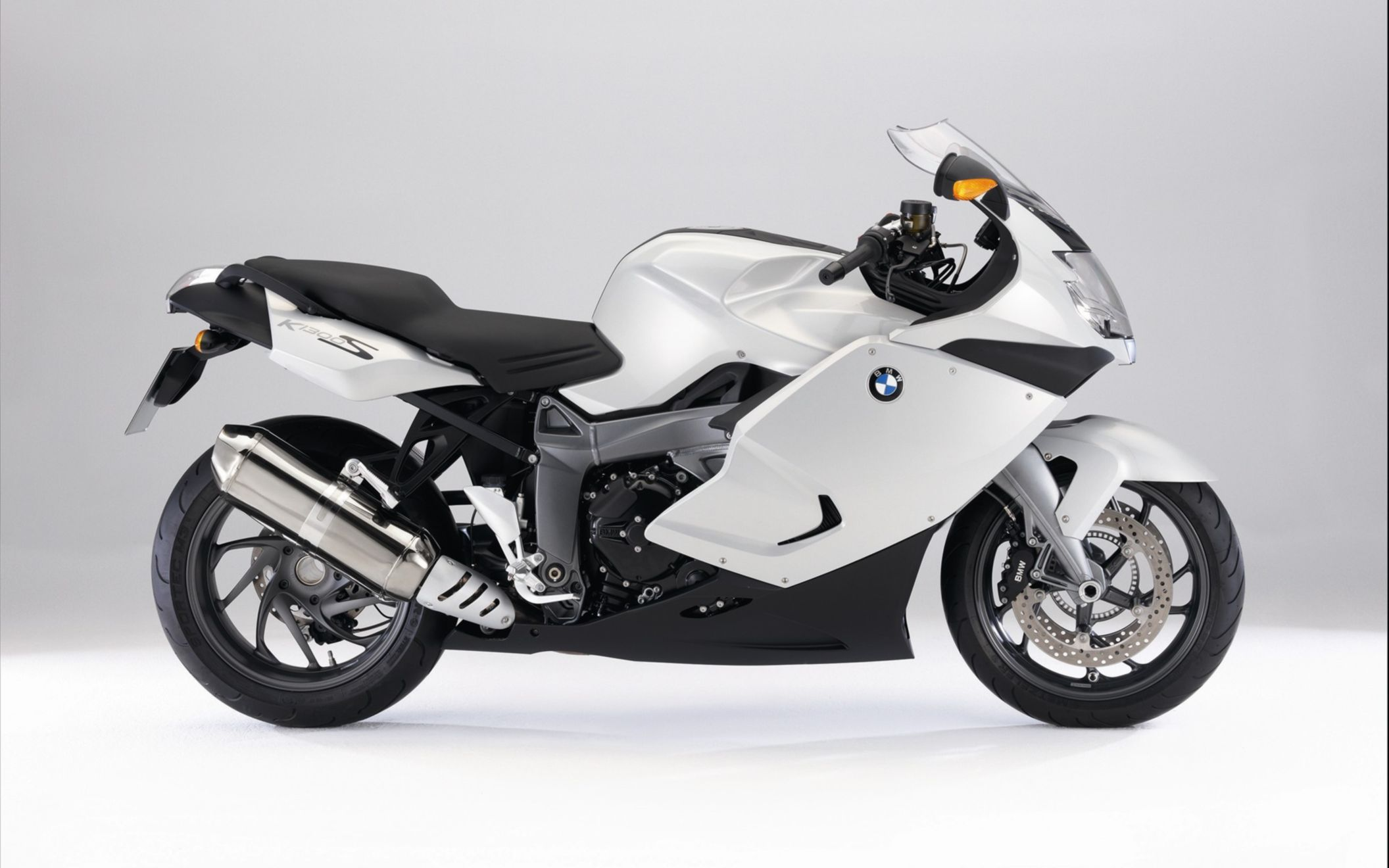 Download free HD BMW K 1300 S White Wide Wallpaper, image