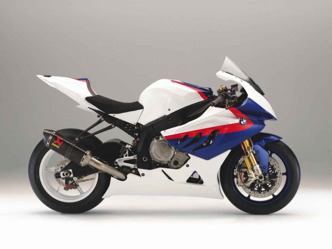 Download free HD BMW S 1000 Rr Race Bike Normal Wallpaper, image