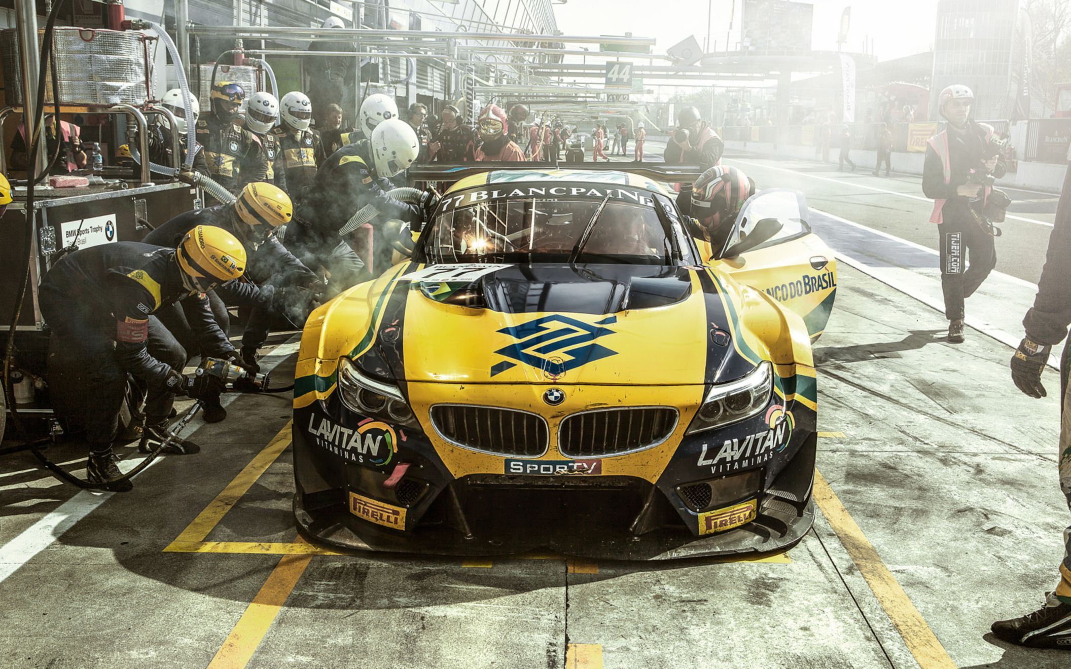 Download free HD BMW Team Brasil Wide Wallpaper, image