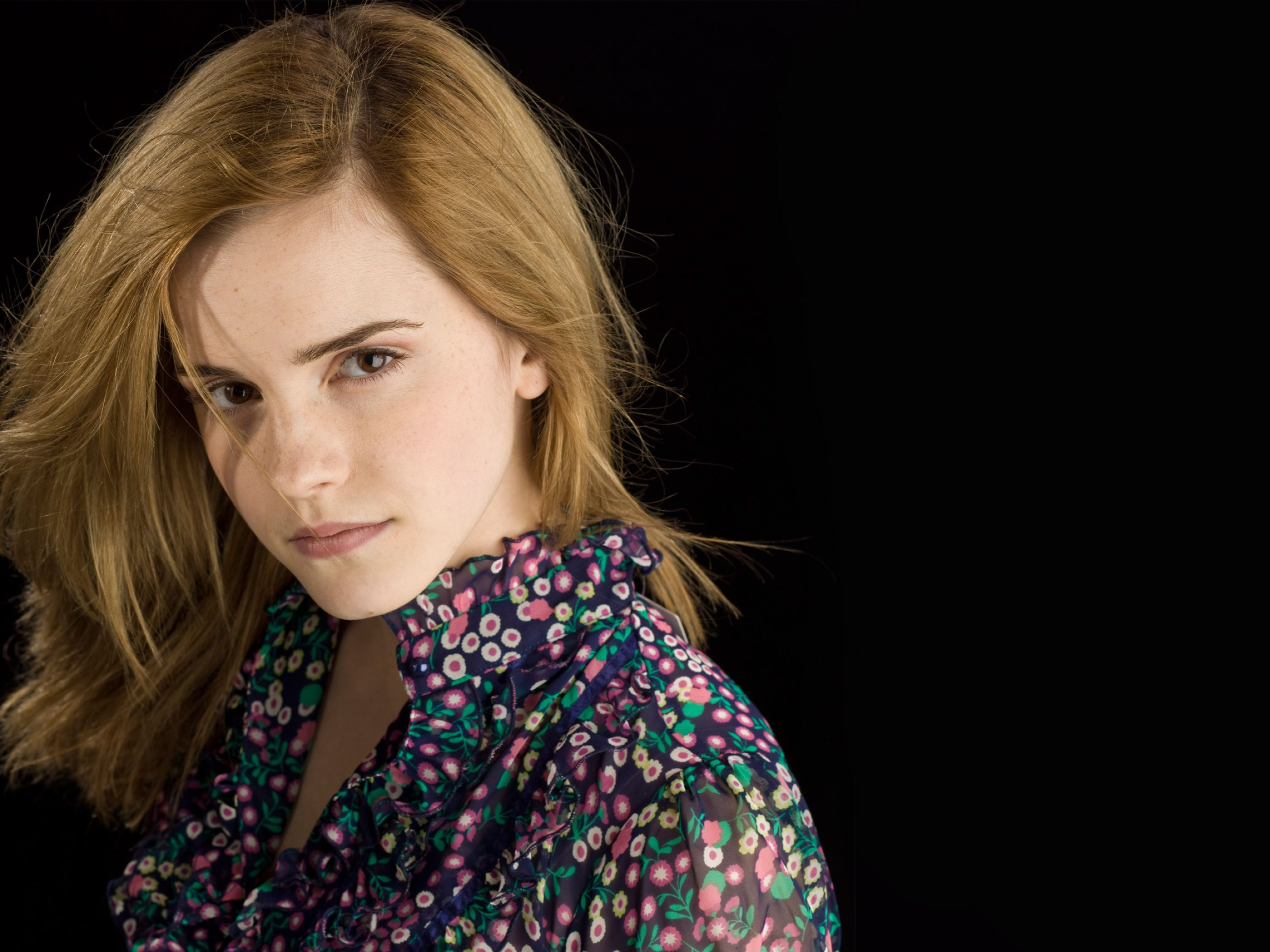 Download free HD Beautiful Emma Watson 2 Normal Wallpaper, image