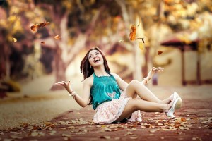 Download Beauty Girl Pavement Leaves Autumn Wallpaper Free Wallpaper on dailyhdwallpaper.com