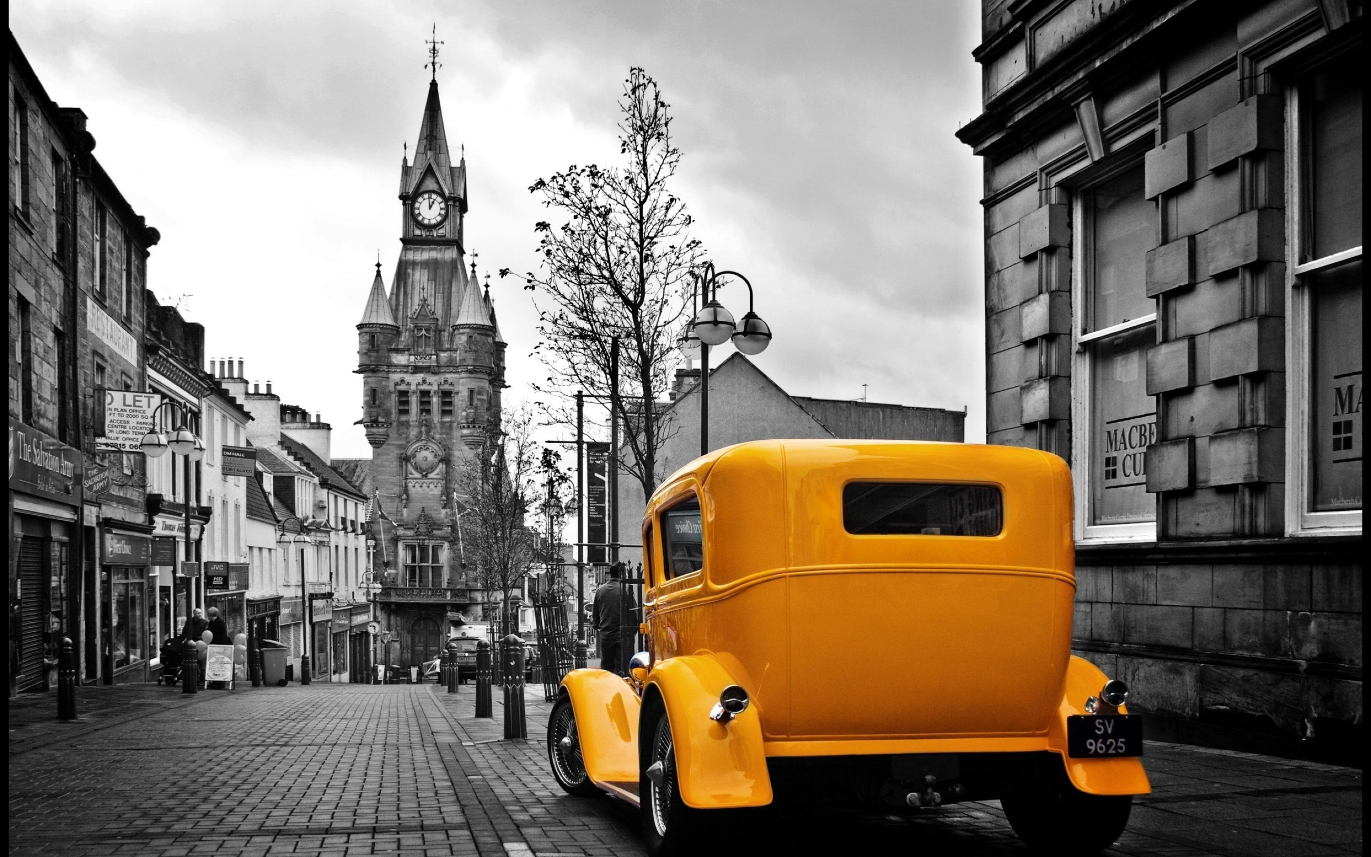 Download free HD Car Vintage Retro City Wallpaper, image