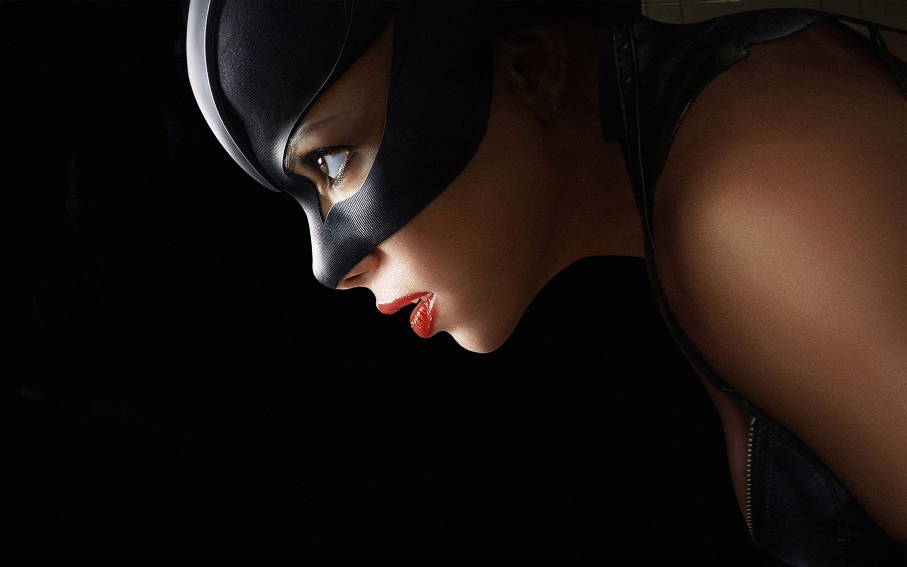 Download free HD Catwoman Wide Wallpaper, image