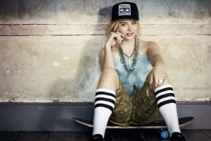 Chloe Moretz 40 Hd Wallpaper
