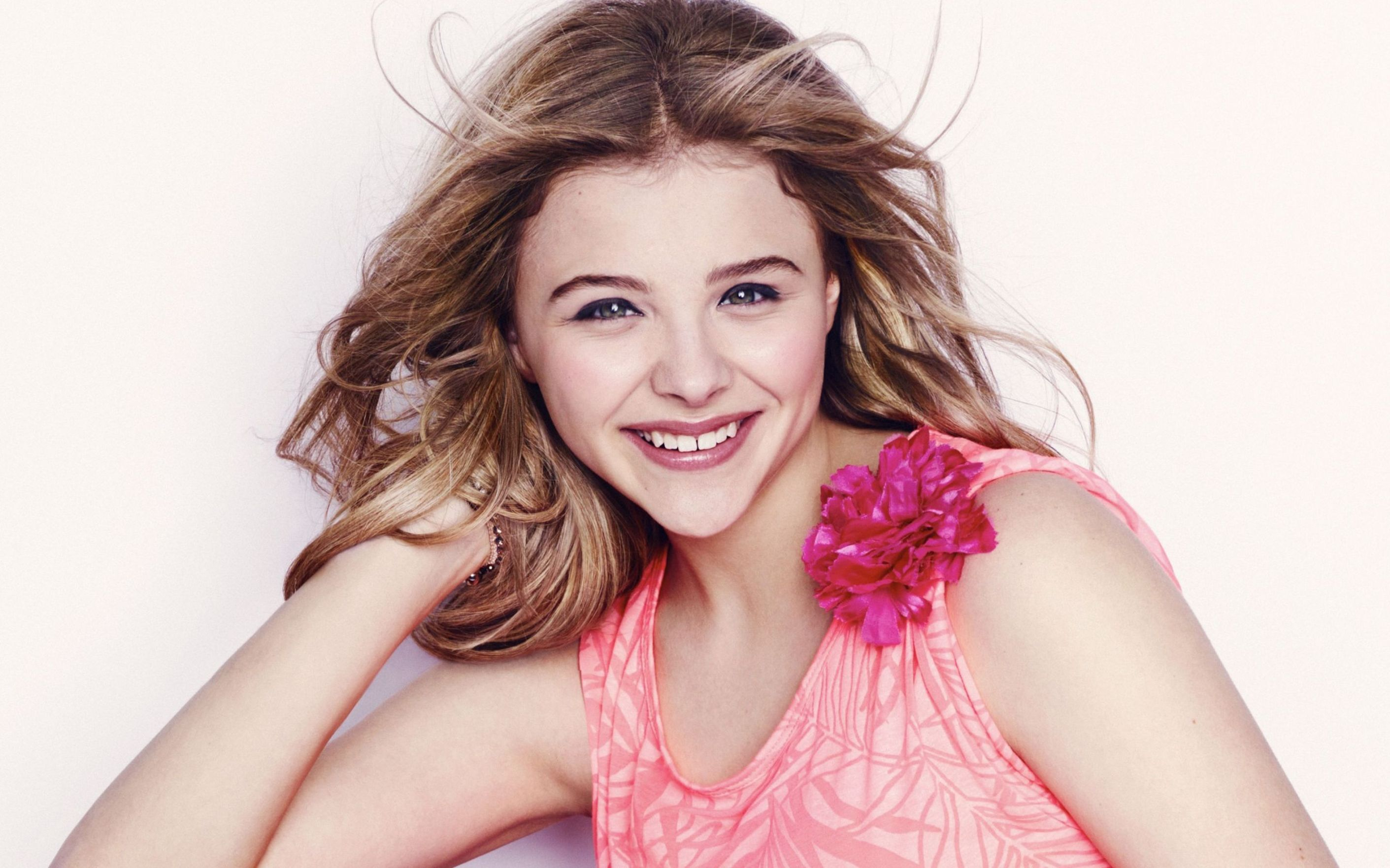Download free HD Chloe Moretz Actress Wallpaper, image