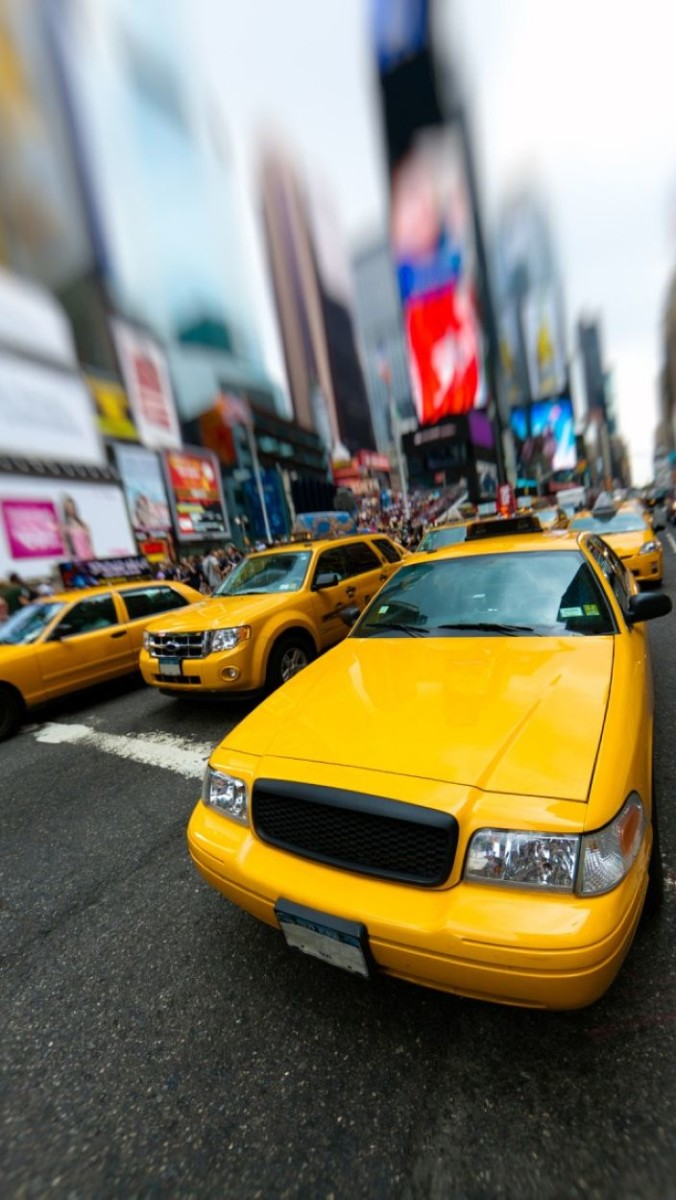 City HD Taxi New York iPhone 5 Wallpaper