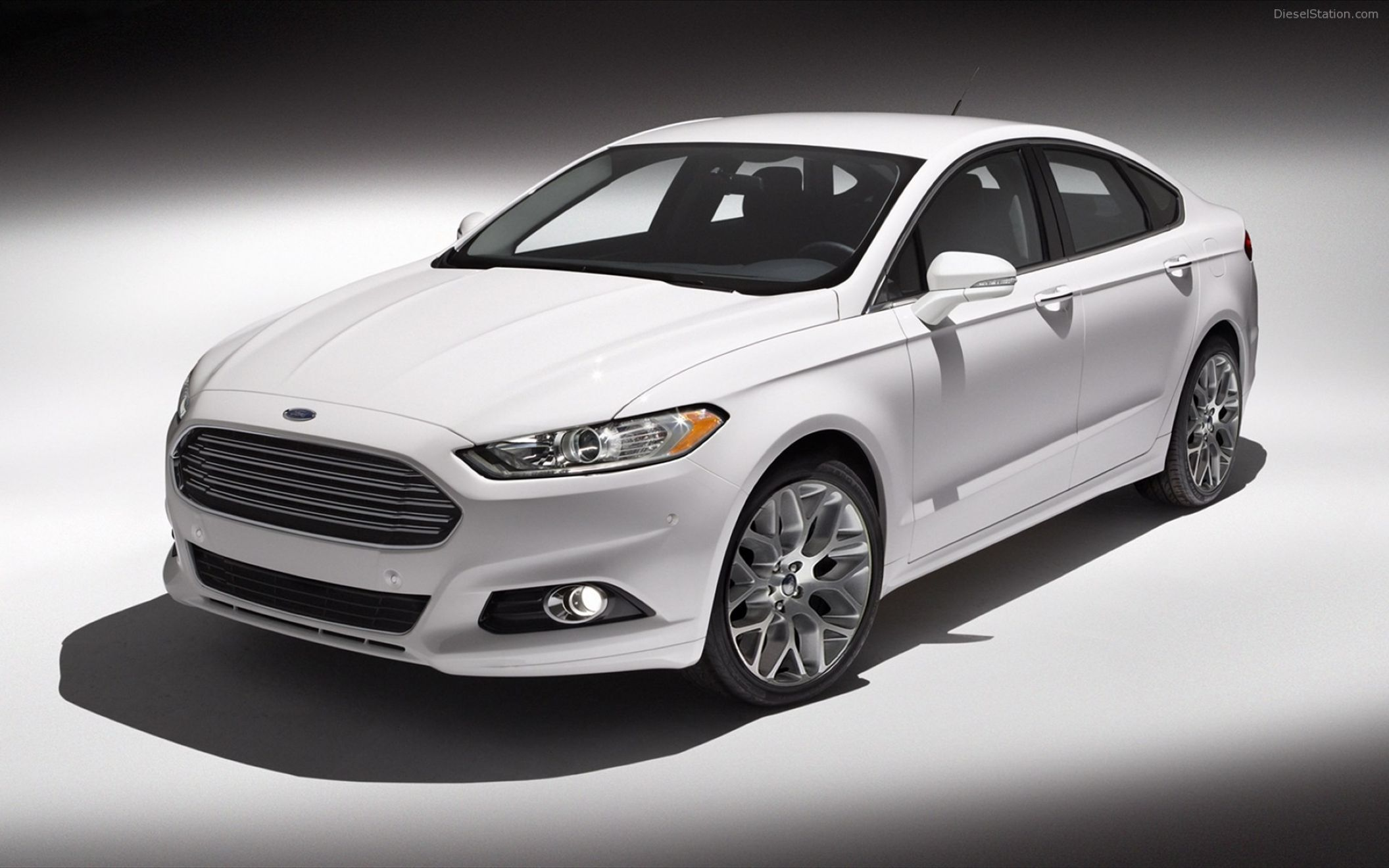 Cool white ford fusion wallpaper