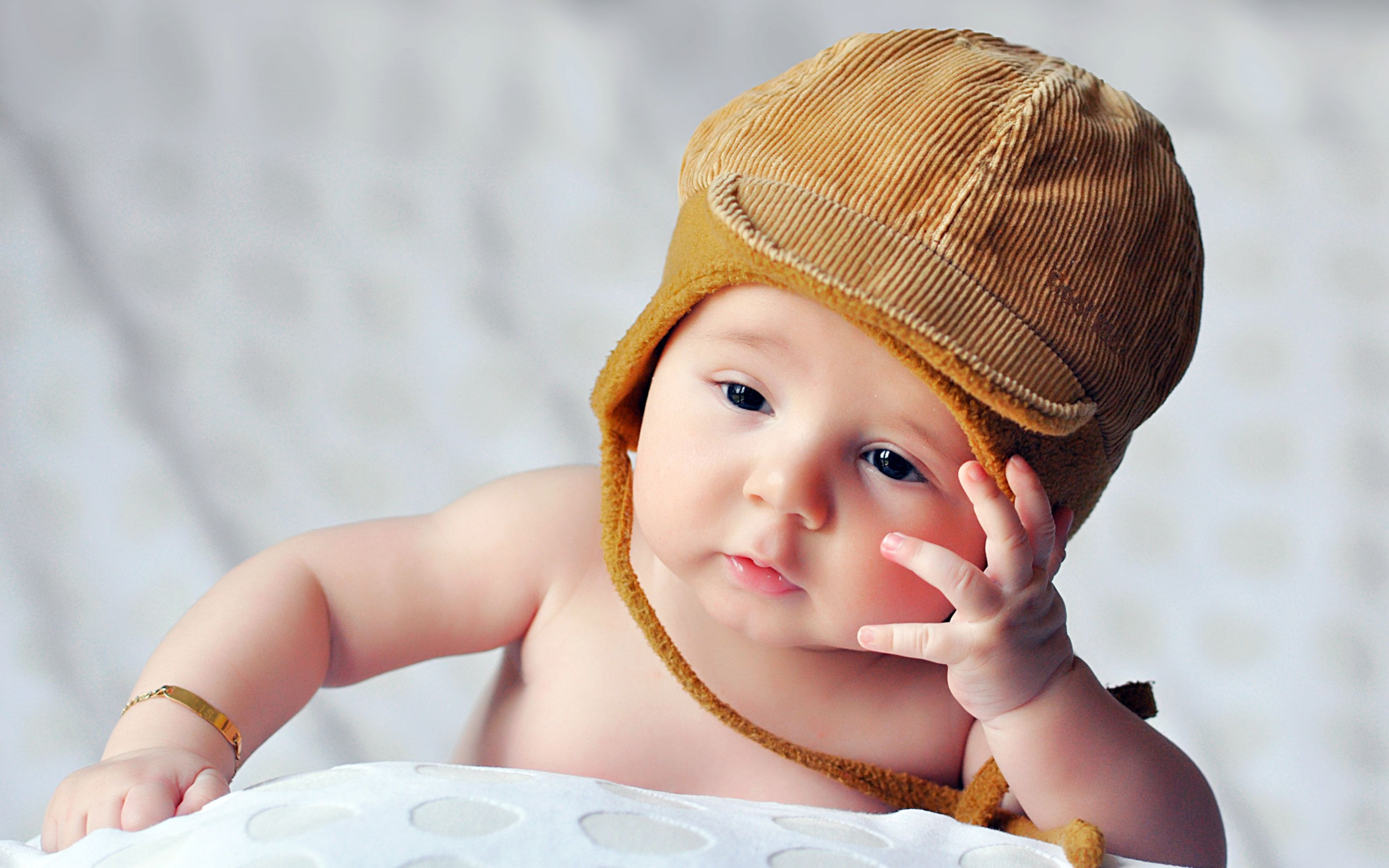 Download free HD Cute Infant Wide Wallpaper, image
