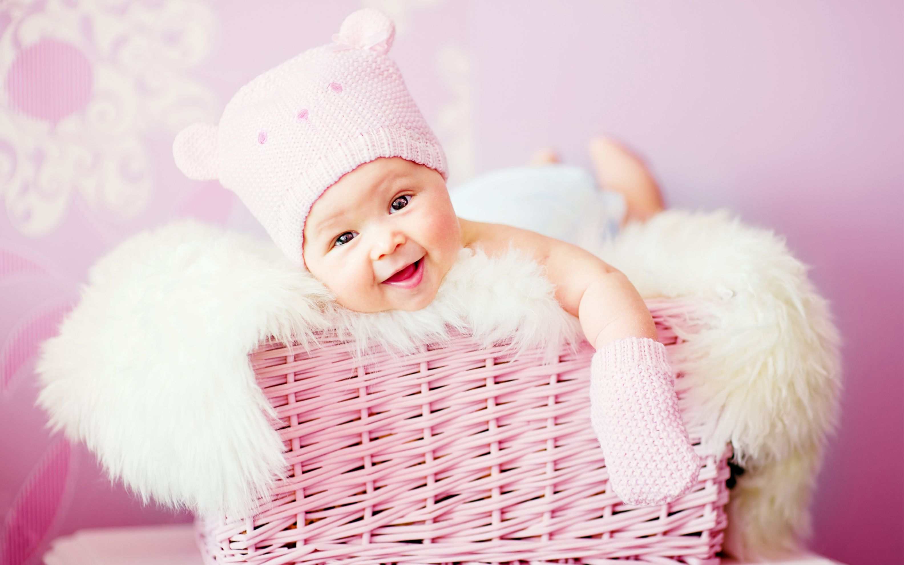Download free HD Cute Laughing Baby Wide Wallpaper, image
