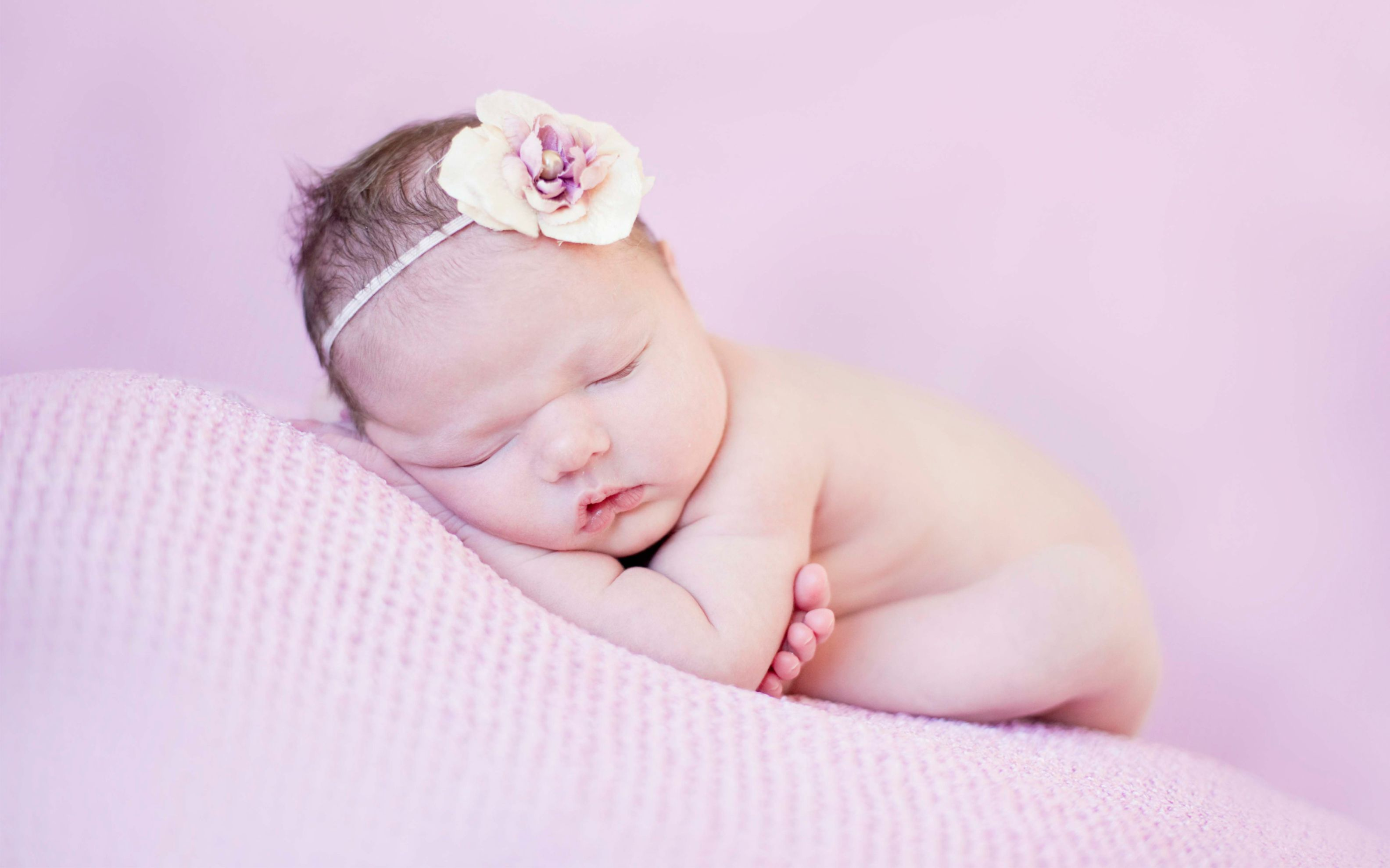 Download free HD Cute Newborn Wide Wallpaper, image