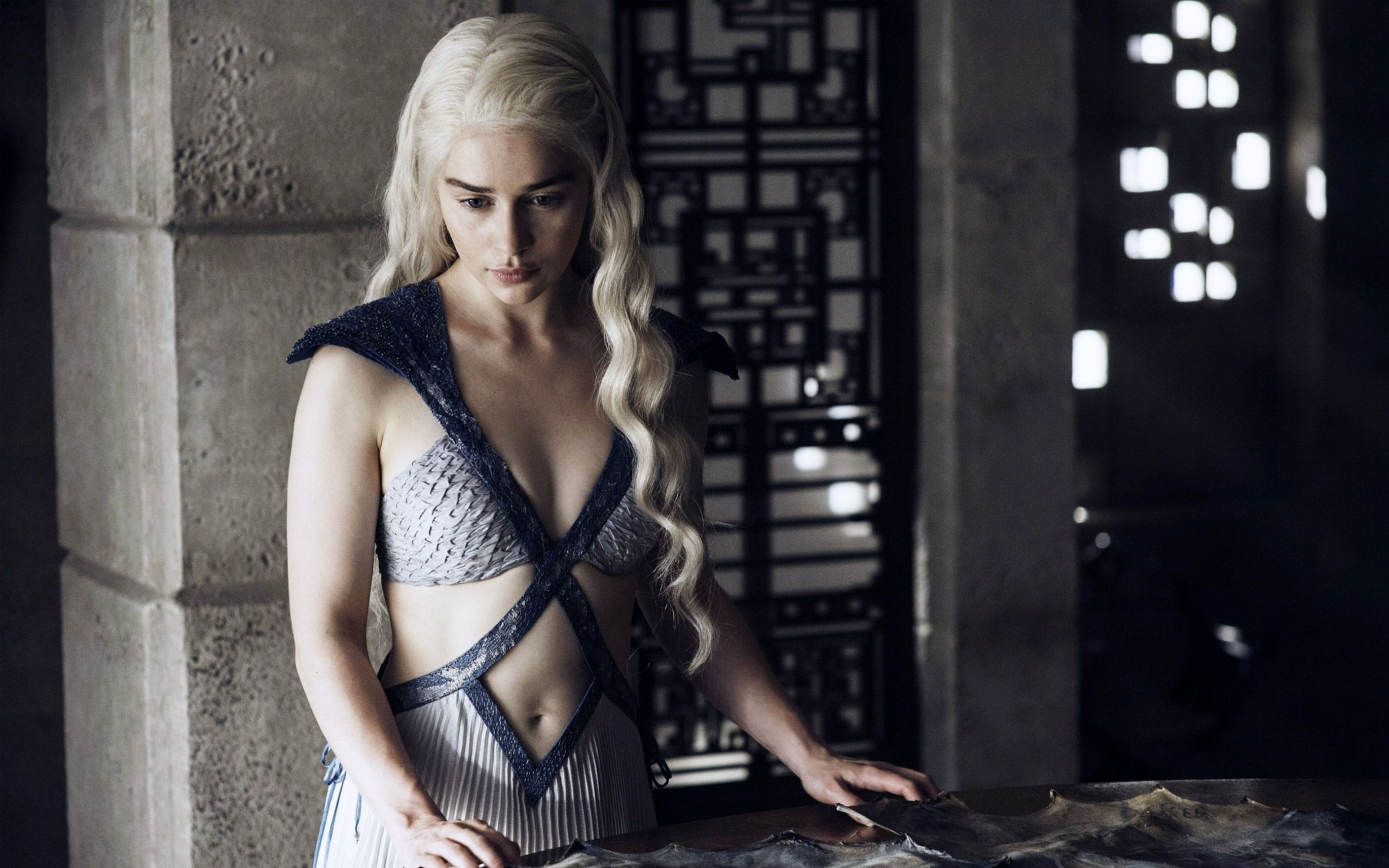 Download free HD Daenerys Targaryen Game Of Thrones Wallpaper, image