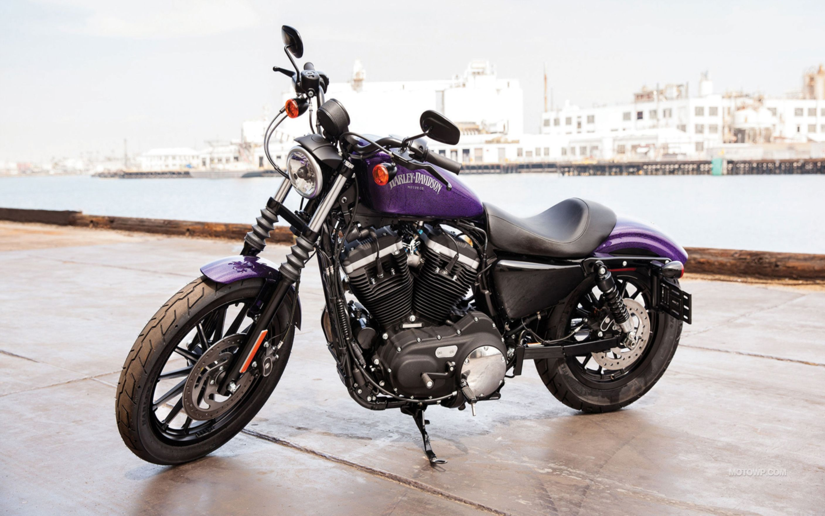 Download free HD Davidson Sportster 883n Iron Wallpaper, image
