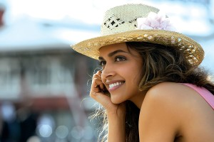 Download Deepika Padukone In Cocktail Movie Wide Wallpaper Free Wallpaper on dailyhdwallpaper.com