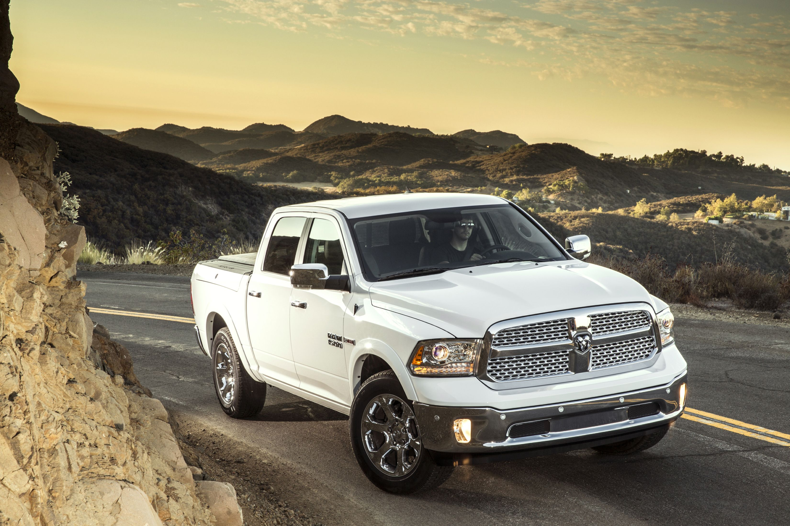Download free HD Dodge Pickup Trucks White 2014 Image, image