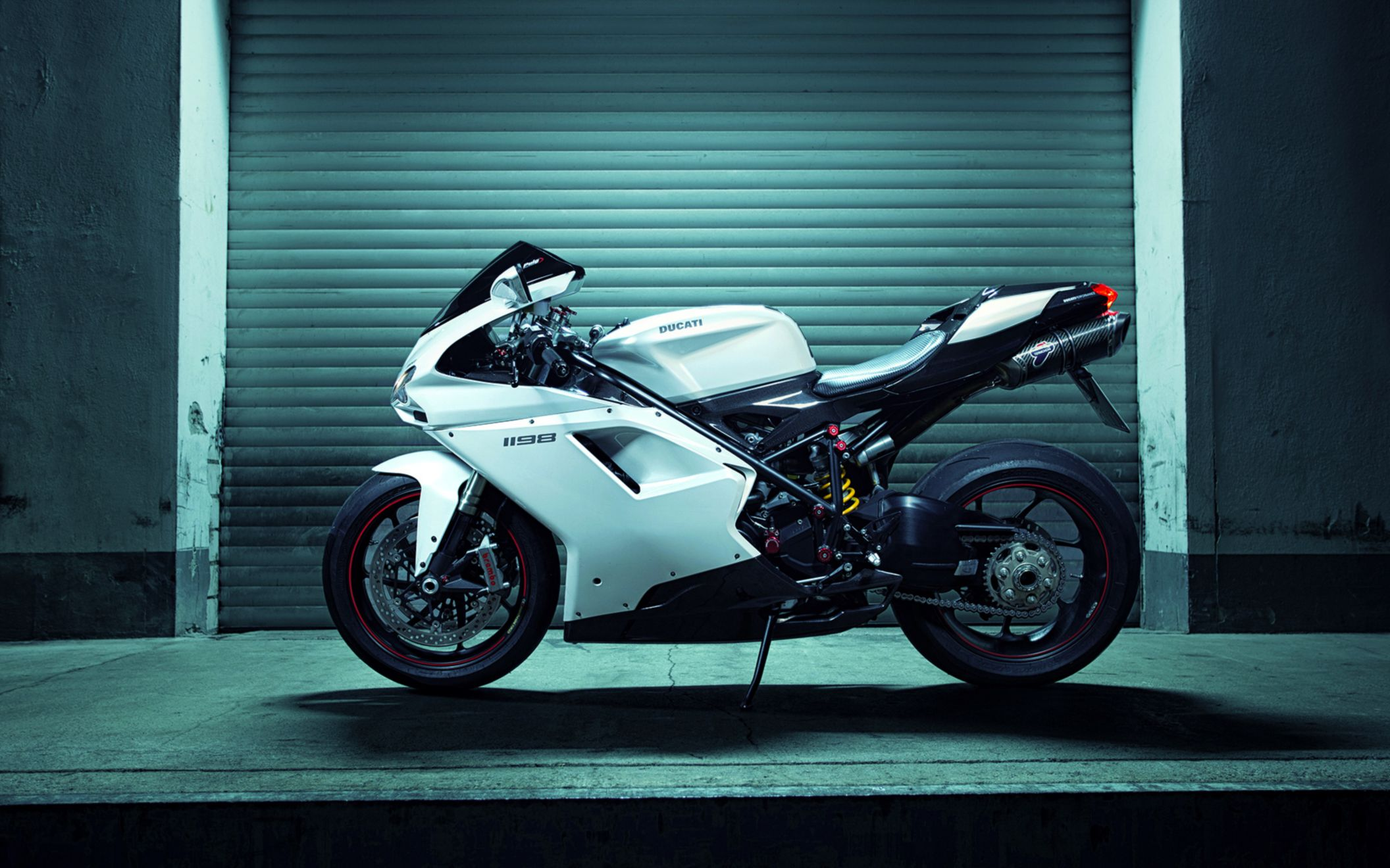 Download free HD Ducati 1198 Superbike Wide Wallpaper, image