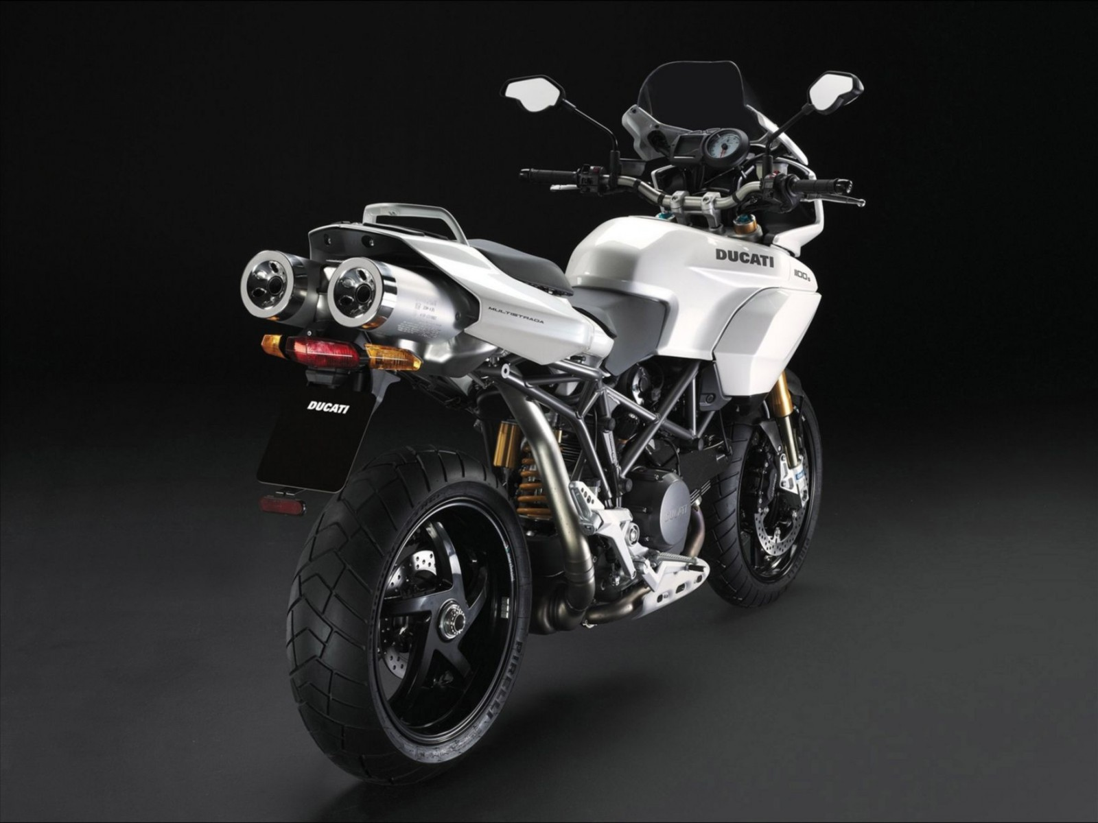 Ducati New Pearl White Livery Normal Wallpaper