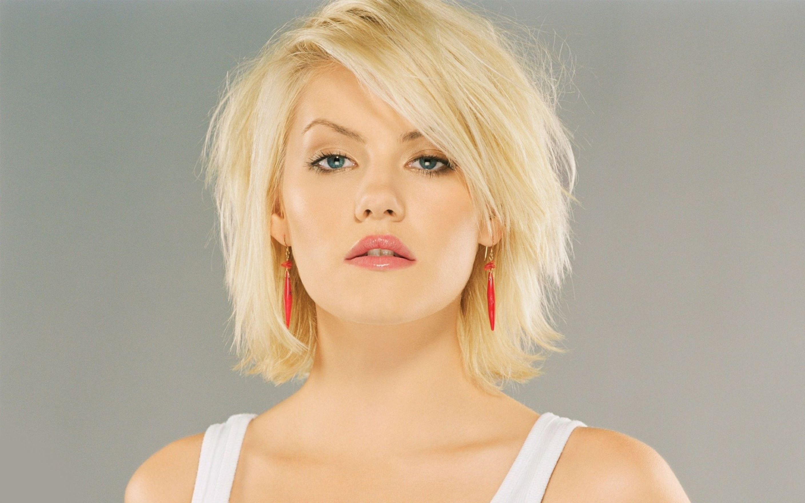Download free HD Elisha Cuthbert Beautiful Wallpaper, image