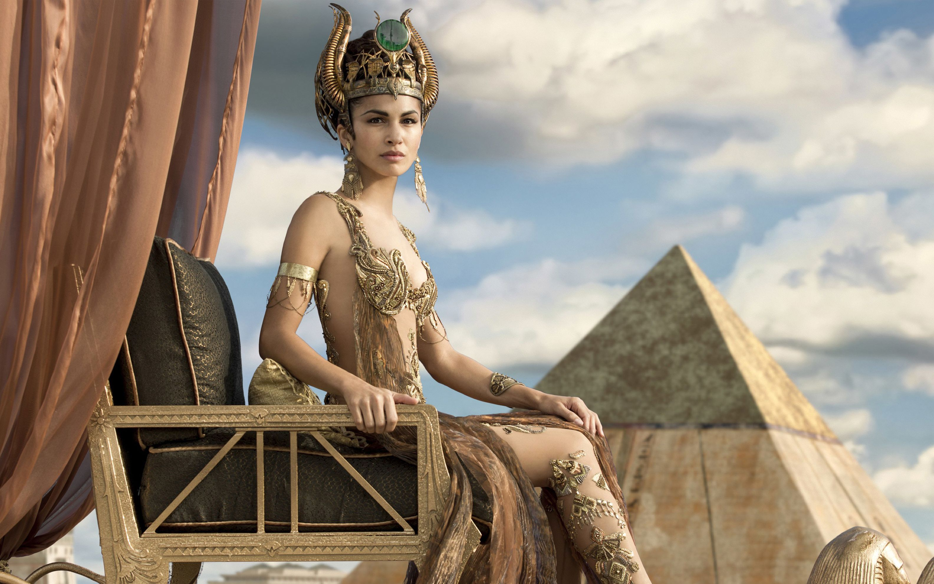 Download free HD Elodie Yung As Hathor Gods of Egypt Wide Wallpaper, image