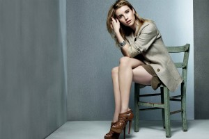 Download Emma Roberts 18 Wide Wallpaper Free Wallpaper on dailyhdwallpaper.com
