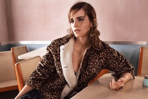 Download Emma Watson 2017 Hot Wide Wallpaper Free Wallpaper on dailyhdwallpaper.com