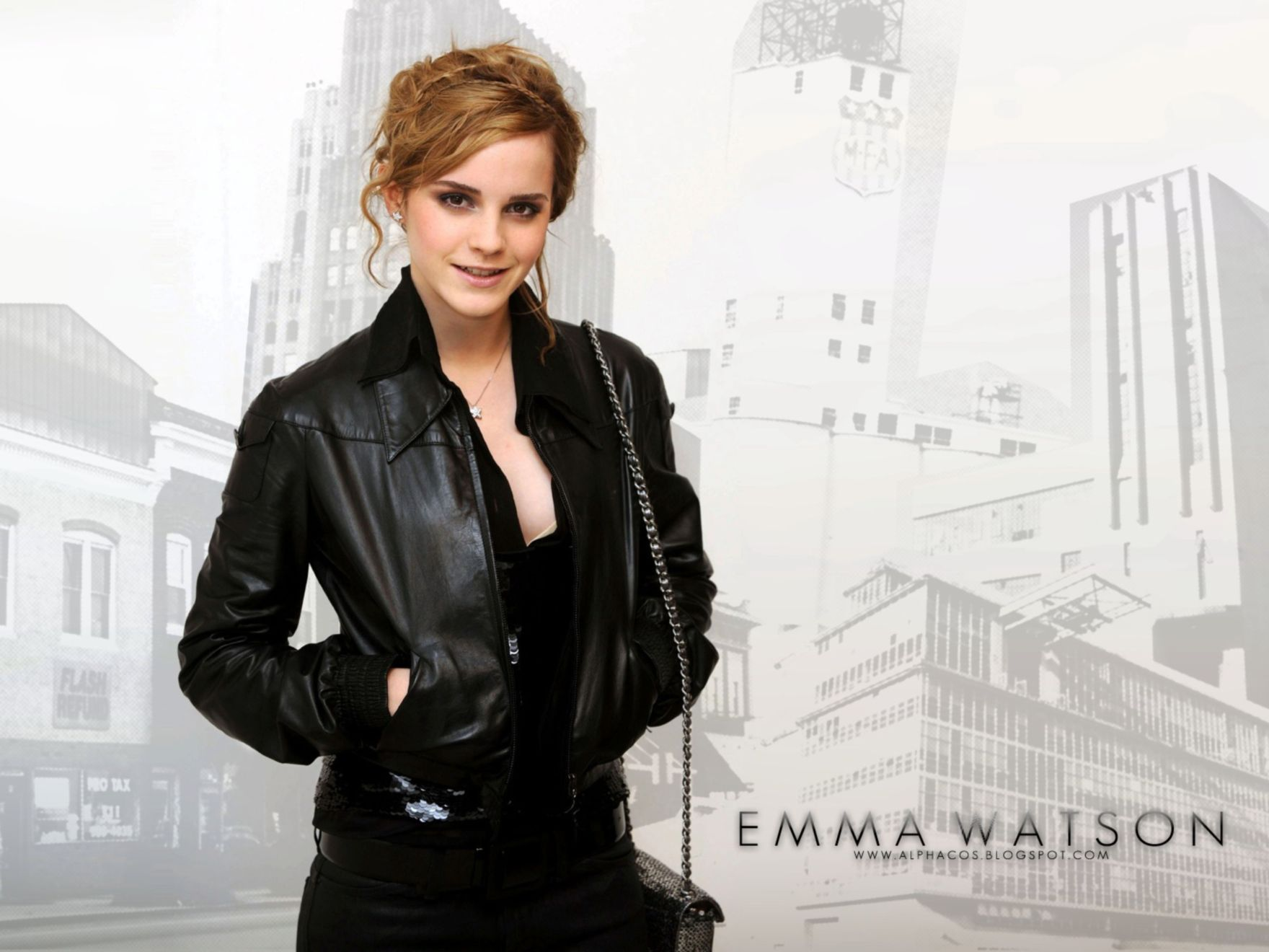 Download free HD Emma Watson Black Normal Wallpaper, image