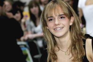 Download Emma Watson Hd Smile Wide Screen Wide Wallpaper Free Wallpaper on dailyhdwallpaper.com
