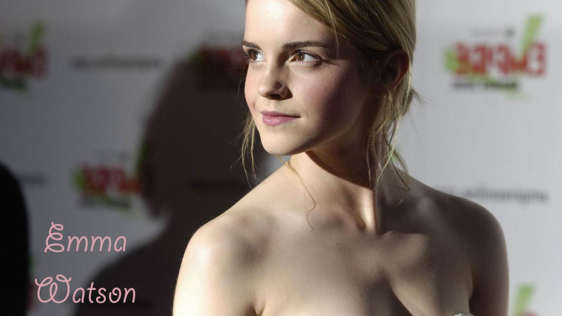 emma watson hd wide 2 wide wallpaper: desktop hd wallpaper
