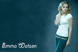 Download Emma Watson In Blue Jeans Wide Wide Wallpaper Free Wallpaper on dailyhdwallpaper.com