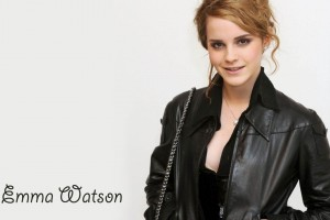 Download Emma Watson in Black Coat HD Wide Wide Wallpaper Free Wallpaper on dailyhdwallpaper.com