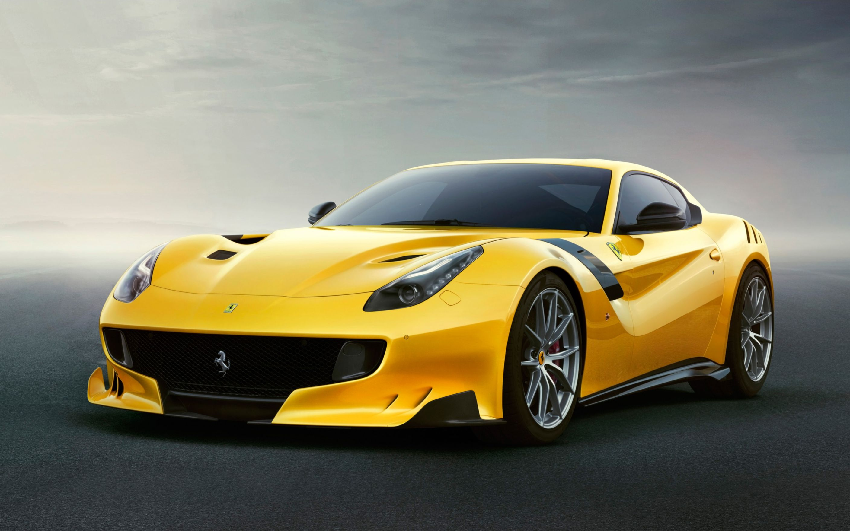 Download free HD Ferrari F12tdf 2016 Wide Wallpaper, image