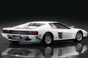 Download Ferrari Testarossa Free Wallpaper on dailyhdwallpaper.com