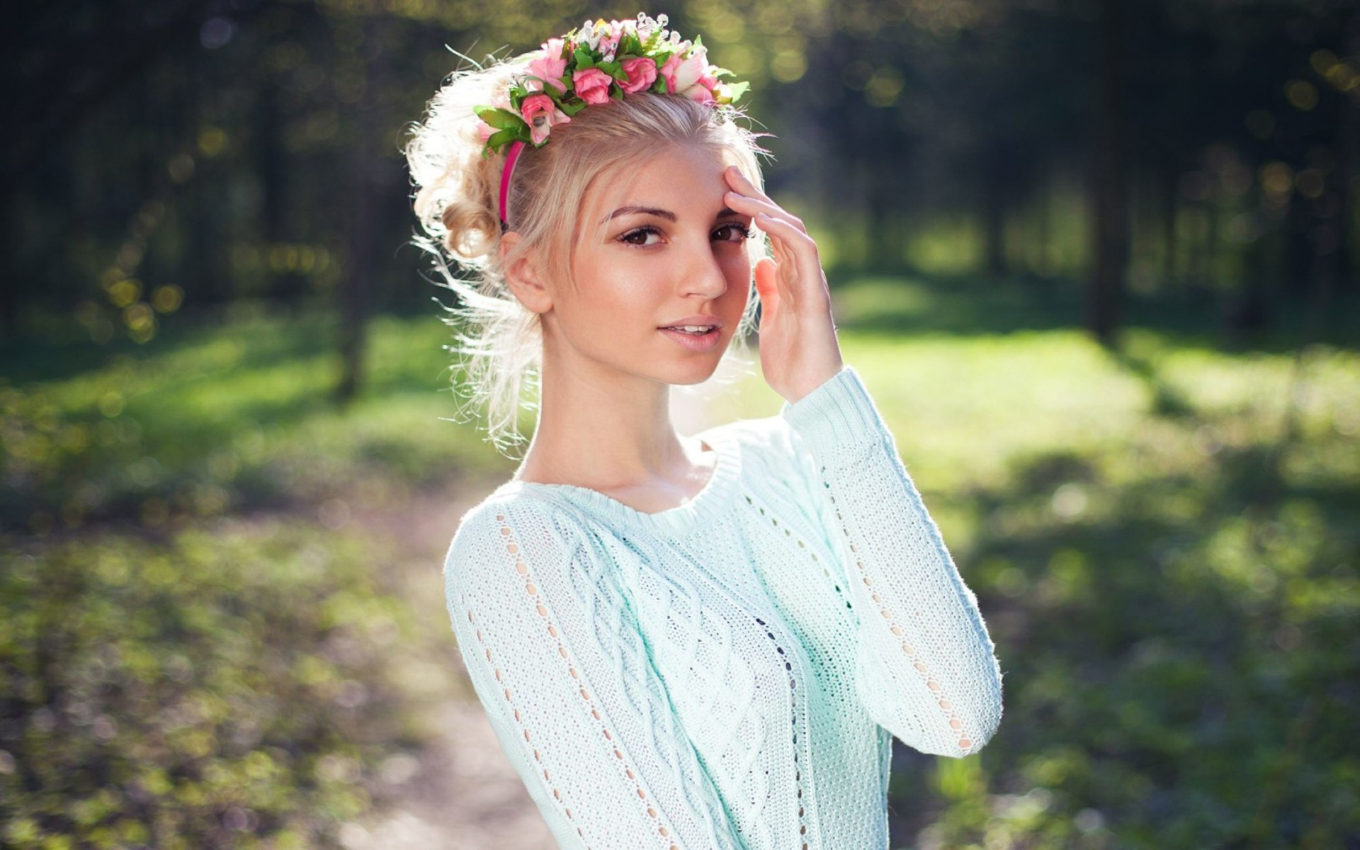 Girl With Lovely Hair Style Wallpaper