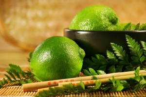 Green Lemons Food Wallpaper