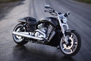 Download Harley Davidson Bike Wallpaper Free Wallpaper on dailyhdwallpaper.com