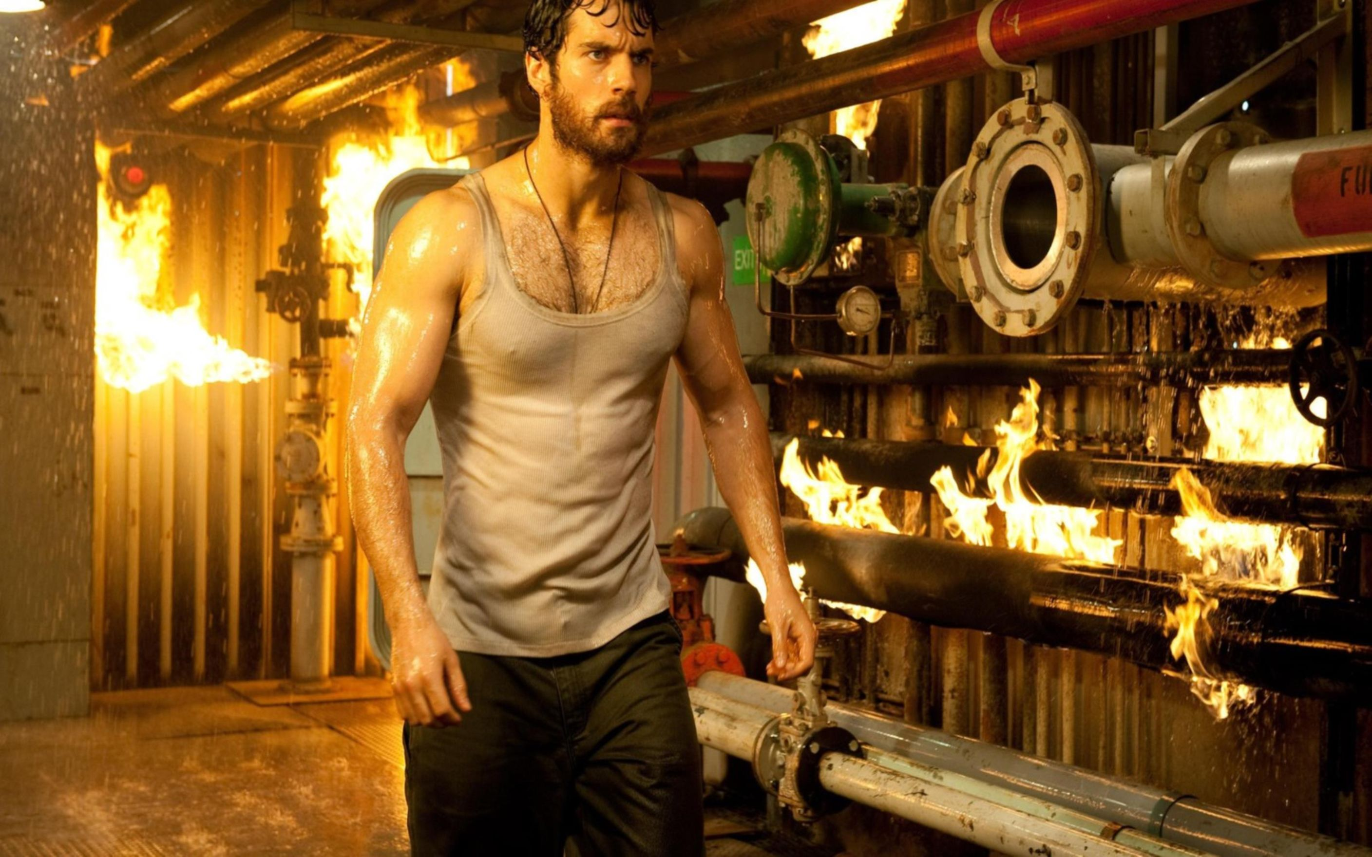 Download free HD Henry Cavill in Man of Steel Movie1 Wallpaper, image
