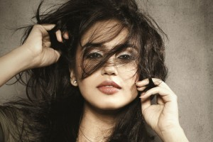 Download Huma Qureshi Wide Wallpaper Free Wallpaper on dailyhdwallpaper.com