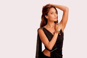 Download Indian Actress Lisa Haydon Wallpaper Free Wallpaper on dailyhdwallpaper.com
